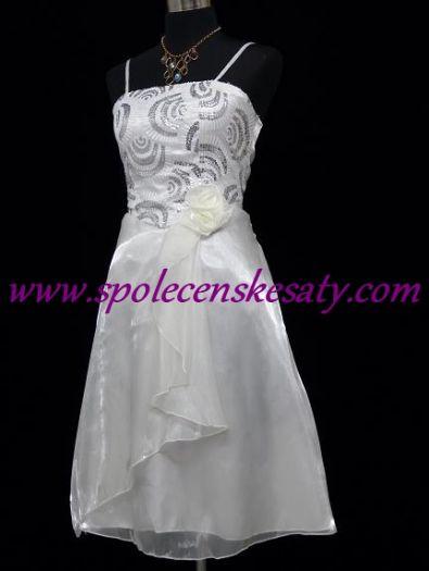 455f38af5c08 Bílé krátké společenské či svatební šaty ...