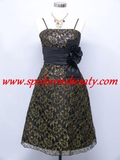 c17d041e4ab Černé zlaté krátké společenské plesové šaty po kolena pošité ozdobnou  krajkou č. 1147